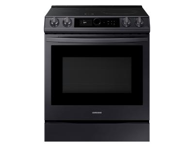 """30"""" Samsung 6.3 Cu. Ft. Induction Range With Wi-Fi And Air Fry In Fingerprint Resistant Black Stainless Steel - NE63T8911SG/AC"""