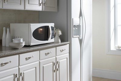 """18"""" Danby 0.70 Cu. Ft. Microwave Oven - DMW799W"""